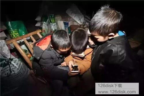 青少年模式:规定时段上网日累计使用时长40分钟无打赏功能